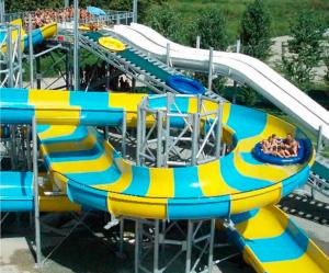 splashing zone family raft water slide factory in China