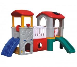 New design cheap wooden kids garden plastic playhouse