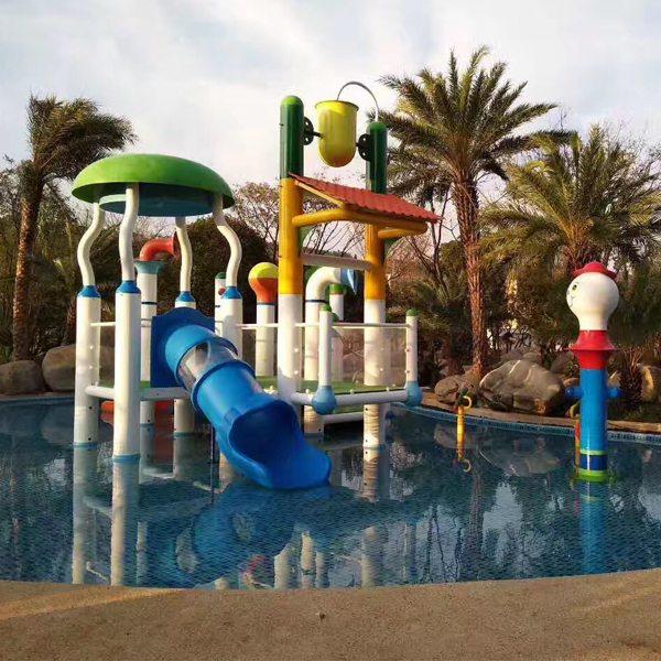Playful Michigan Pool House: Aquatic Fiberglass Children Water House Water Play